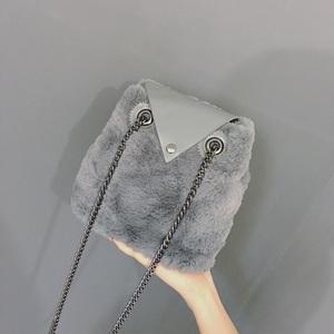 毛毛包包女2017新款韩版时尚链条水桶包单肩斜挎小包