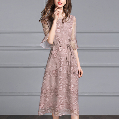 Mực Qinghua 2018 mùa hè mới sang trọng tính khí ren mỏng mỏng trung bình dài thời trang in đầm Sản phẩm HOT