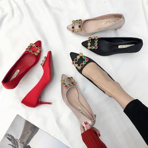 2018新款春季韩版搭扣浅口高跟女鞋单鞋