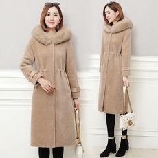 实拍时尚狐狸毛领羊剪绒皮草外套女秋冬韩版连帽长款羊毛衣