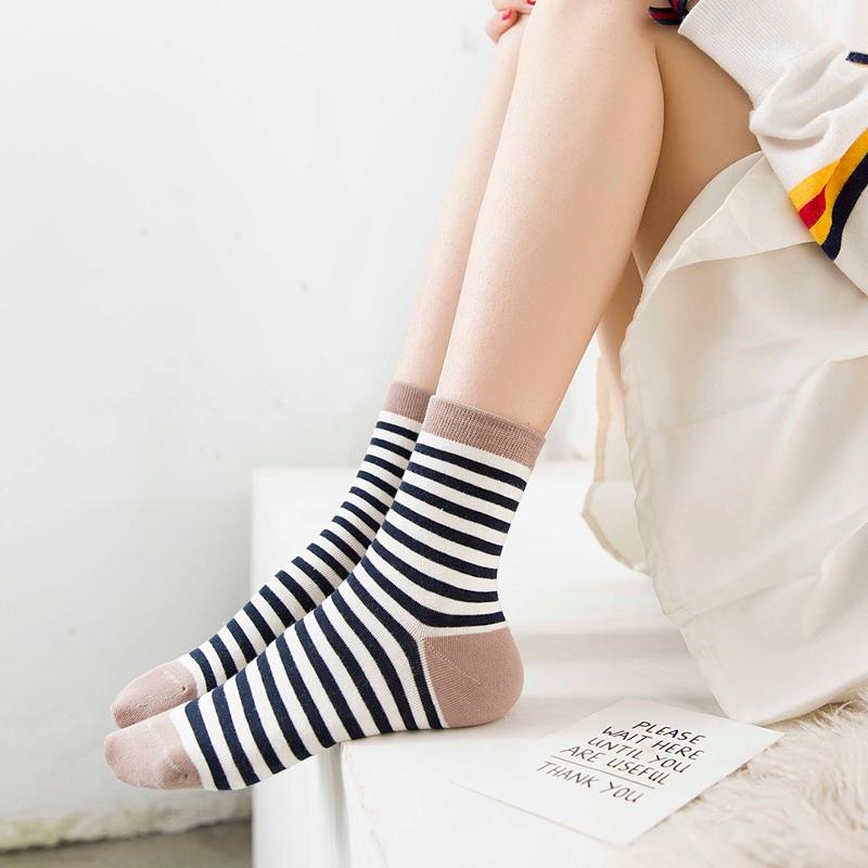 5双袜子女中筒袜全棉秋季韩国日系学院风防臭吸汗可爱学生运动