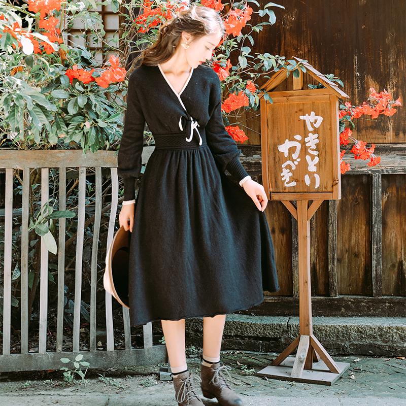 9821#实拍《黑胶唱片》黑色蝴蝶结系带复古毛织连衣裙秋冬