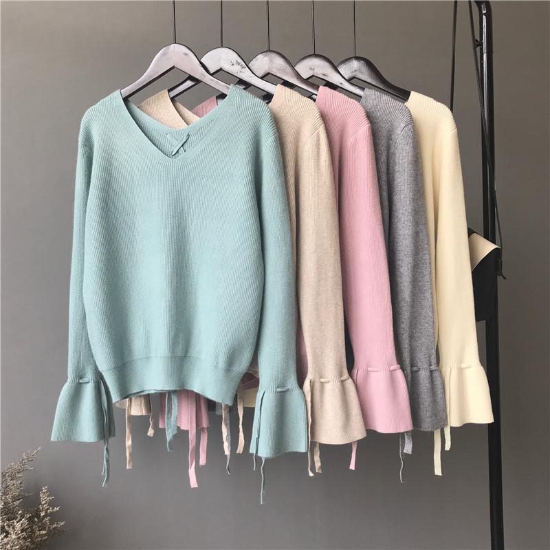 Trumpet tay áo màu rắn đan áo khoác phụ nữ 2018 mùa thu mới lỏng cổ chữ V áo thun áo len