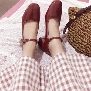 秋季高跟鞋红色法式温柔仙女淑女百搭一字扣芭蕾粗跟复古玛丽珍鞋