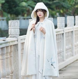 Mùa đông Mới Vintage Trung Quốc Phong Cách Han Yếu Tố Thêu Cloak Dài Trùm Đầu Cộng Với Nhung Cloak Coat Áo Khoác Len