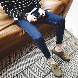 男士休闲修身型春季新款牛仔裤韩版潮流百搭小脚长裤男学生青年裤