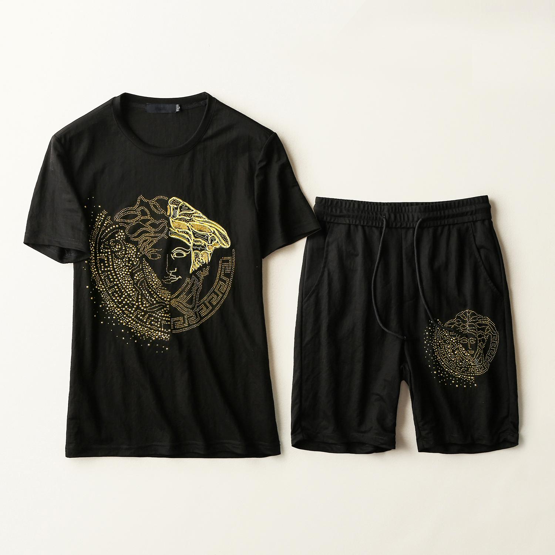 Trạm châu âu nam slim linen ice lụa thể thao và giải trí phù hợp với thủy triều men Medusa Versace ngắn tay quần short