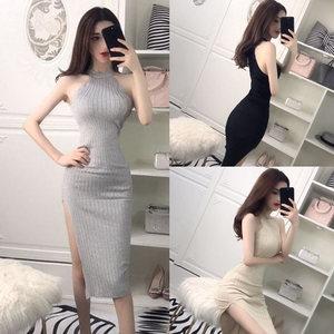 2018 mùa hè Hàn Quốc thời trang new tính khí ladies sexy không tay side khe knit slim dress đầm