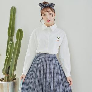 1603#2017春季新款 灯芯绒白衬衫女长袖宽松韩版前短后长衬衣