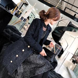 [7,23 giảm giá 60% trong mùa giải phóng mặt bằng] hương thơm nhỏ gió ve áo màu đen sáng lụa áo dài áo len nữ