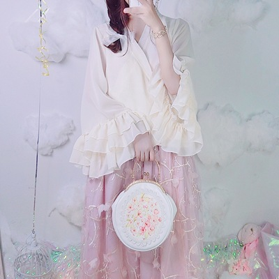 taobao agent Doujiang original sleeved Hanfu blouse with underskirt, Chinese layered lace and gentle chiffon blouse jacket