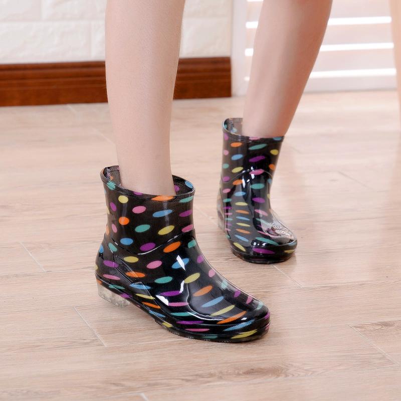 Mùa hè mới phụ nữ mưa khởi động thời trang ống ngắn mưa khởi động trượt mặc người lớn sinh viên lao động giày giày rửa xe nước giày