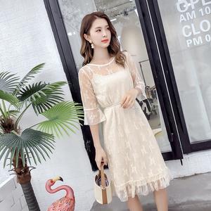 2018夏装韩版喇叭袖蕾丝连衣裙两件套