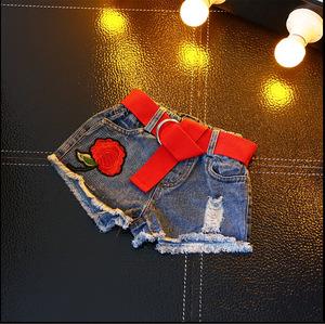 Quần áo trẻ em vừa và nhỏ 2018 mùa hè cô gái mới thời trang Hàn Quốc thêu tăng quần short denim nguyên nóng quần
