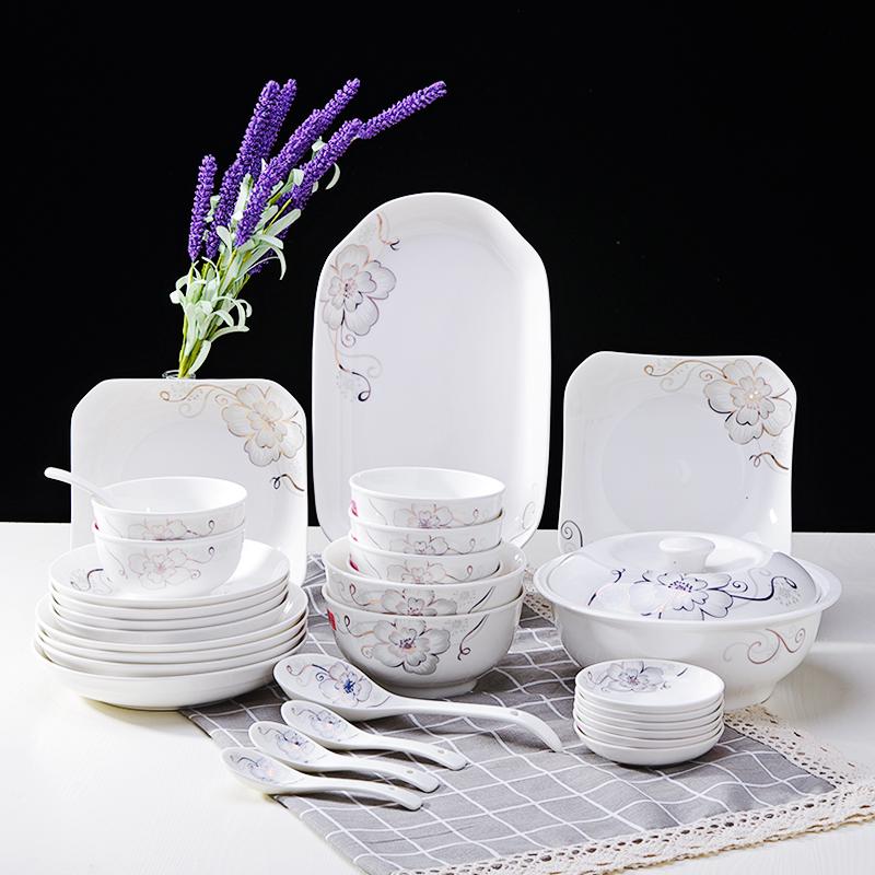 Jingdezhen bộ đồ ăn gốm bộ quà tặng Trung Quốc phong cách nhỏ tươi thời trang khỏe mạnh nhà bếp sáng tạo kết hợp bộ đồ ăn