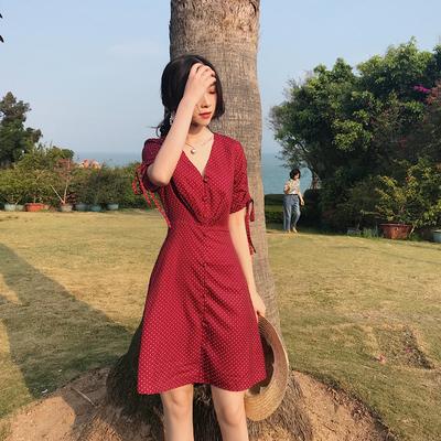 Dora triều của người dân nhà Hồng Kông hương vị retro chic dây kéo tay áo V cổ áo điểm sóng Một từ váy cao eo khí Slim đầm