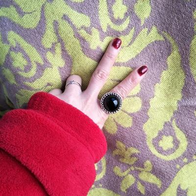 个性潮人日饰品男女黑色圆形夸张大宝石时尚学生食指戒指环